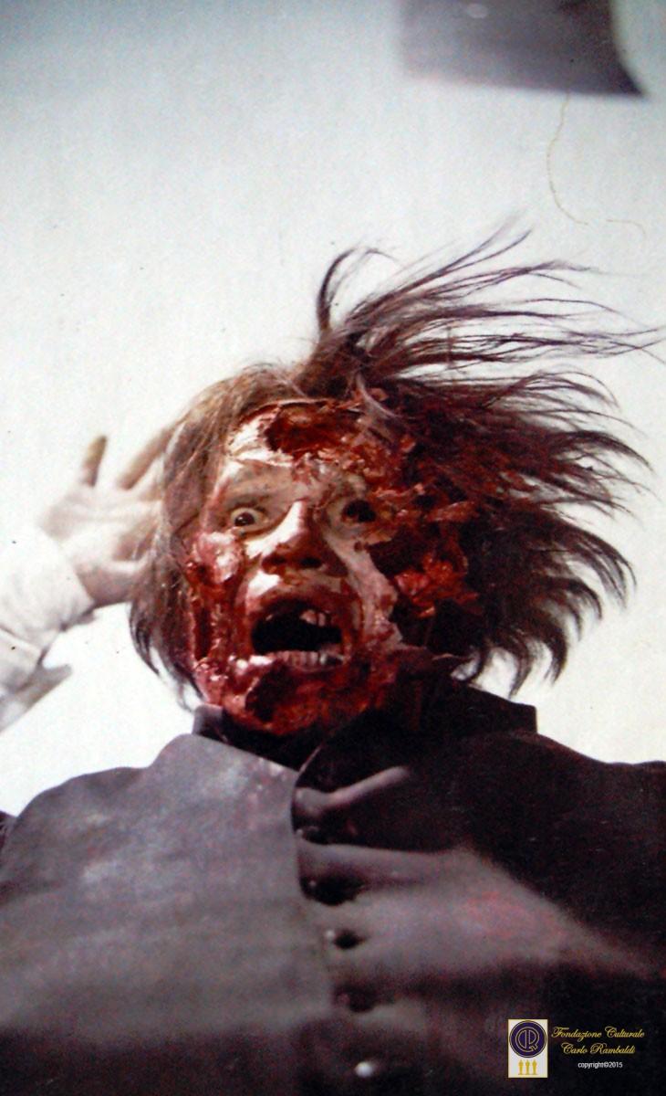 Film-Non-si-sevizia-un-paperino-1972