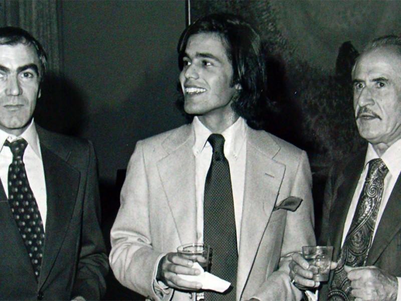 Carlo con Federico De Laurentiis (centro) e l'arch. Mario Chiari
